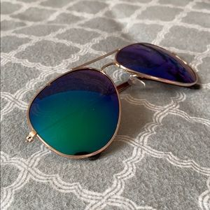 Other - 🌿 Blue Green Aviators